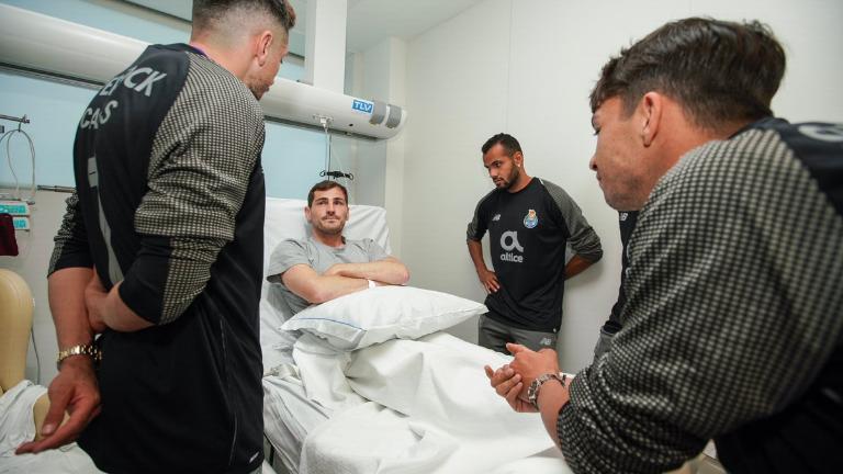 Casillas tidak ingin memikirkan perpanjangan kontraknya setelah keluar dari rumah sakit
