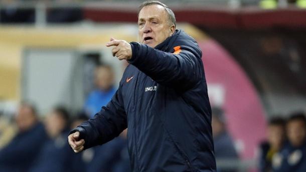 Pelatih Dick terkejut bahwa ia dan FC Emme bertahan dari Eredivisie